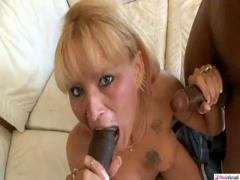 What Milfs Like to Eat Fuck so Good