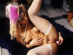 Horny blonde rams both pussy and ass with fingers and dildo